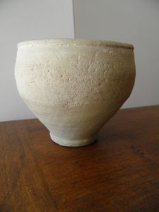 Roman terracotta vase - height 100 mm