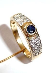 Diamond-sapphire-ring made of 14kt / 585 gold, natural sapphire of 0.25ct + 6 diamonds *no Reserve*