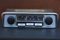 Blaupunkt Hildesheim (s) classic car radio from 1969 with metal chrome front for Volkswagen.