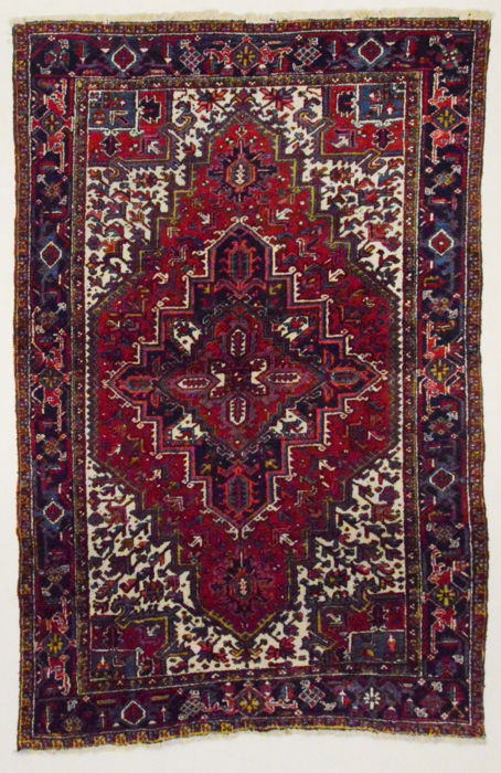 Persian carpet, Heriz, 300 x 200 cm.