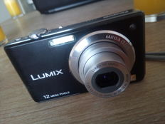 Panasonic LUMIX 12MP DMC-FS12 .