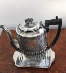 Silver plated coffeepot with classic rib, Bakelite Sheffield England & silver plated tray