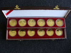 "China - Various tokens ""Chinese Zodiac"" (12 pieces) in presentation box"