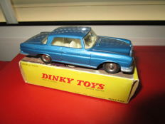 Dinky Toys-France - Scale 1/43 - Mercedes Benz 300 SE No.533