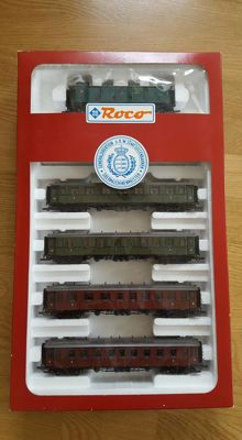 Roco H0 - 44096 - Five-piece set 'royal court train' Württemberg with luggagewagon