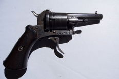 Belgian Protector Manufacture. LEG. Pinfire pistol Around 1860.