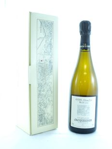 2002 Jacquesson Avize Grand Cru Champ Cain Brut, Champagne - 1 bottle