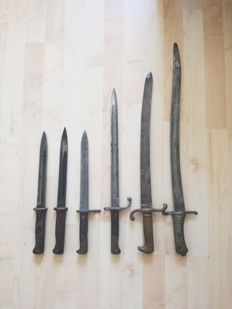 Lot of 6 old bayonets