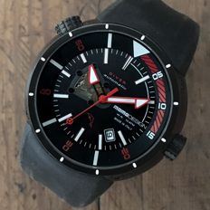 Momo Design  Diver Pro Ref. 1007.01  — Men's Watch  — 2011 - onwards (Like New)