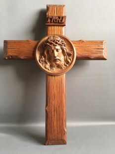 Crucifix oak with Christ head