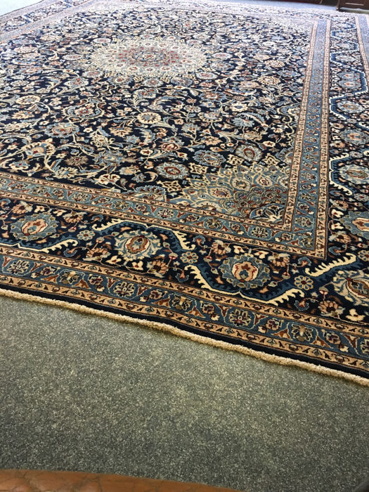 Beautiful, hand-knotted, original Persian XL ROYAL KASHAN with an exclusive colour scheme! approx. 400 x 295 - PERSIA - free shipping within Europe
