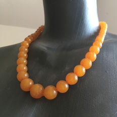 Vintage Baltic Amber necklace 20th century from Baltic Region, 42 grams