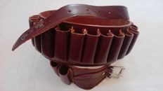 Beautiful country-style leather cartridge belt