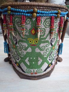 Carry cot for a child – Dayak – Kalimantan – Indonesia