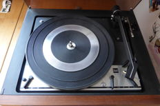 DUAL turntable CS20 and amplifier CV20