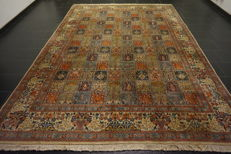 Persian carpet, fields Moud Mut with silk, Qom pattern, made in Iran, 250 x 350 cm