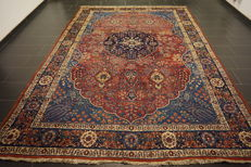 Magnificent antique handwoven Art Nouveau Persian carpet Tabriz 260 x 360cm, made in IRan, natural colours, collector's piece