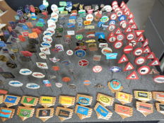 Large collection of 220 x automobile and transport pins Indian, Jaguar, Mercedes, BMW, Rover, Saab, Heinkel, Aston Martin and many others.