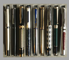 Collection of 9 Different Unique Fountain Pens with beautiful designs and 9 magazines about those pens - Most Rare