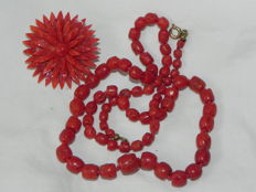 Coral necklace and brooch