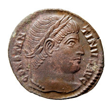 Roman Empire - Constantine I the Great (307-337 A.D.) bronze follis (2,53 g. 19 mm). Rome mint, 329 A.D. D N CONSTANTINI MAX AVG, VOT XXX within wreath. RP. Rare.