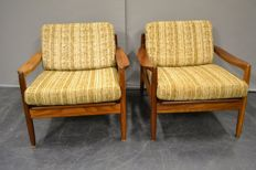 Designer unknown - Set of 2 teak mid-century modern lounge chairs