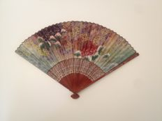 Folding fan (ogi) with printed decoration of fish - Japan - Early 20th century