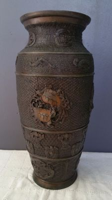Large vase in bronze (approx. 46 cm) - Japan - 19th century
