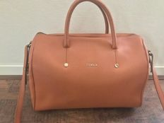 Furla shoulder bag in camel color *no reserve*