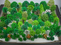 Scenery H0 - Lot with 112 trees