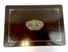 Writing box of coromandel inlaid with mother of pearl and brass - England - Ca. 1900