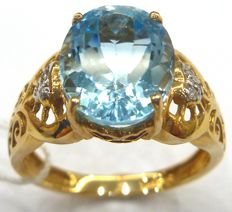 14ct yellow gold blue topaz diamond ring Size N