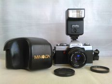 Minolta XG1 with Minolta MD Rokkor 1:2/45mm lens, flash Minolta, accessories. Japan (1979).