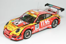 Minichamps - Scale 1/18 - Porsche 911 GT3 R De Lorenzi Racing #18 24h Spa 2011
