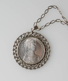Silver necklace with pendant made of a Maria Theresia thaler