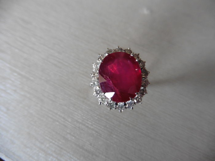 18k Gold Ruby and Diamond Cluster Ring - size 53