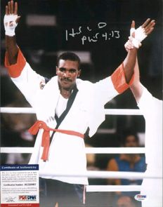 Holyfield - 11 x 14 hand-signed photograph with a PSA/DNA certificate