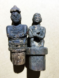 Set of two ancient tribal medicin pot covers - Central Kalimanten - Indonesia