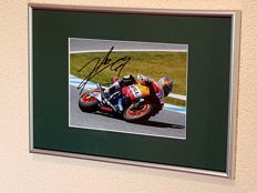 Nicky Hayden (RIP) - World champion Moto GP - hand-autographed framed photo + COA.