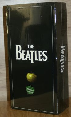 The Beatles Remastered Stereo Boxset 15 CD + DVD Box-Set, Limited Edition