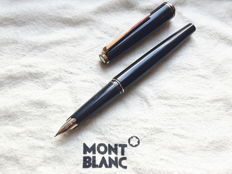 Montblanc No. 221 fountain pen - 14 carat solid gold nib (B)