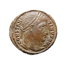 Roman Empire - Constantine I the Great (307-337 A.D.) bronze follis (2,57 g. 19 mm). Rome mint, 329 A.D. D N CONSTANTINI MAX AVG, VOT XX within wreath. RQ.