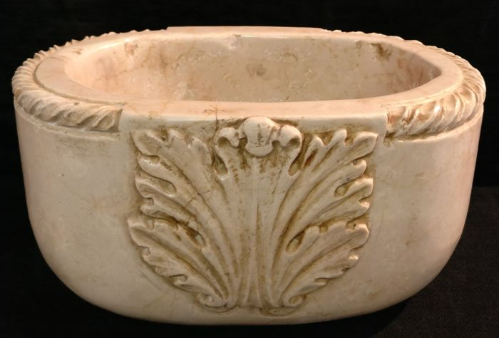 Botticino marble carved oval stoup - Italy, Florence - 20th/21st century
