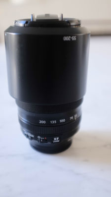 Fujinon xf 55-200 mm telephoto zoom lens