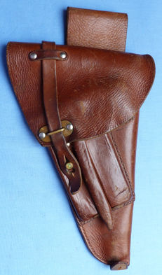 Original C.WW2 Swedish Army Lahti Pistol Leather Holster with Cleaning Tools