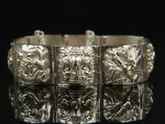 Silver bracelet with animal and plant designs, silver