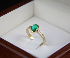 14k gold ring with natural emerald and diamonds ct 0,056 - Ring size: 18 mm. (8 US)