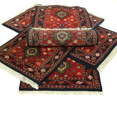 "4 x Indo Bidjar – all of them 145 x 75 cm. – ""Oriental carpet in beautiful condition""."