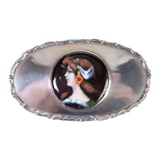 An Edwardian silver box with circular enamel classical portrait miniature of a woman - Chester - 1906