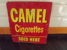 ORIGINAL CAMEL CIGARETTS metal  flag years 50.
